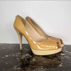Stuart Weitzman Avignon paten Leather pump 8.5